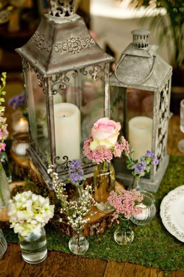 World Class Weddings wedding-center-piece-vintage The Center of Attention