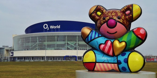 04_Andrew Robinson_All the Love in the O2 World