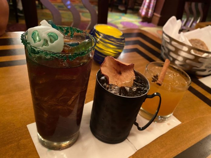 harvest-punch-wild-apple-mule-witches-brew-the-wave-of-american-flavors-disneys-contemporary-resort-19