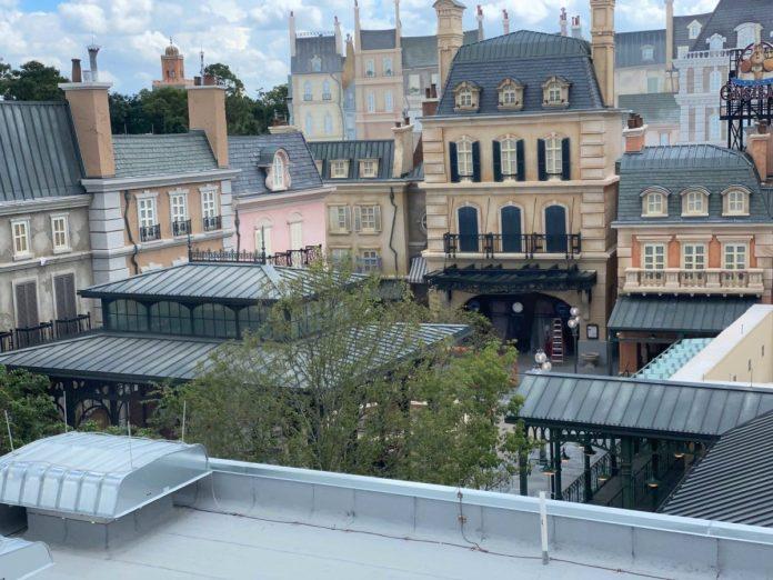 10-11-france-pavilion-update-50-5707831
