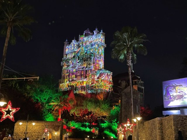 hollywood-holiday-tower-hotel-projections-2020_7