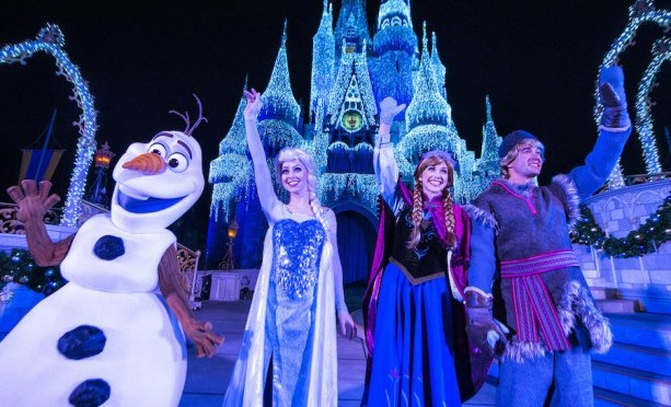'A Frozen Holiday Wish' To Live Stream on November 8 at 6:15 p.m. EST