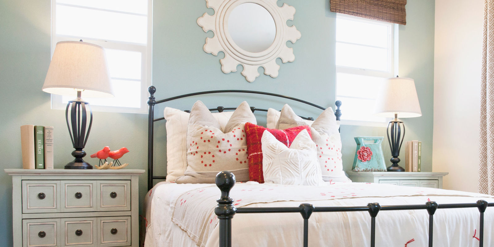 What To Put In A Guest Room