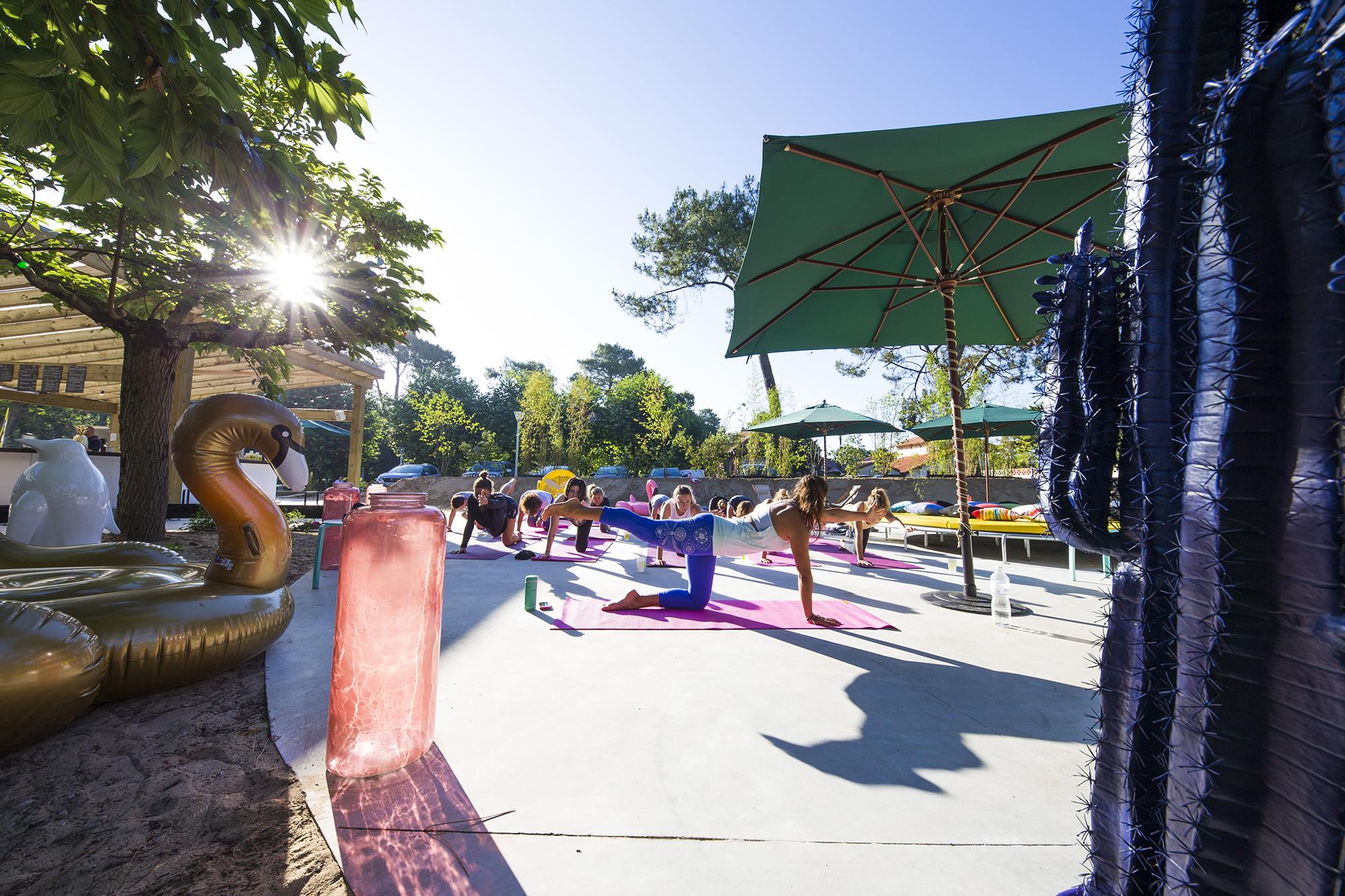 yoga-press-joandjoe-hossegor-2017-guillaume-arrieta-we-creative