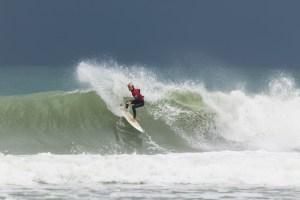 surf-championnats-nouvelle-aquitaine-espoirs-2017-lacanau-we-creative-guillaume-arrieta