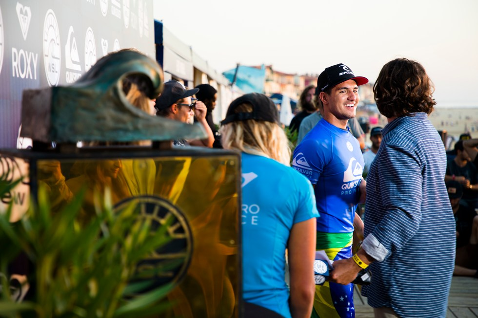 gabriel-medina-quiksilver-pro-france-2017-final-hossegor-france-antoine-justes-we-creative