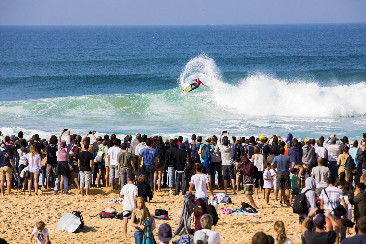 mick-fanning-quiksilver-pro-france-2017-final-hossegor-france-guillaume-arrieta-we-creative