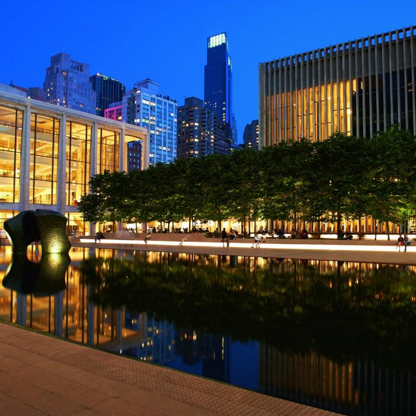 ETC100 LED: Lincoln Center Plaza. New York (USA)Lighting design: Tillotson DesignPhoto_ Ralph Alphonso