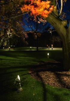 FLC100: Royal Bank of Scotland. Edinburgh (UK)Architect: Michael Laird/RHWL Joint Venture Landscape Architects - EDAWLighting design: Kevin Shaw Lighting Design, EdinburghPhoto: Malcolm Innes Design, Edinburgh