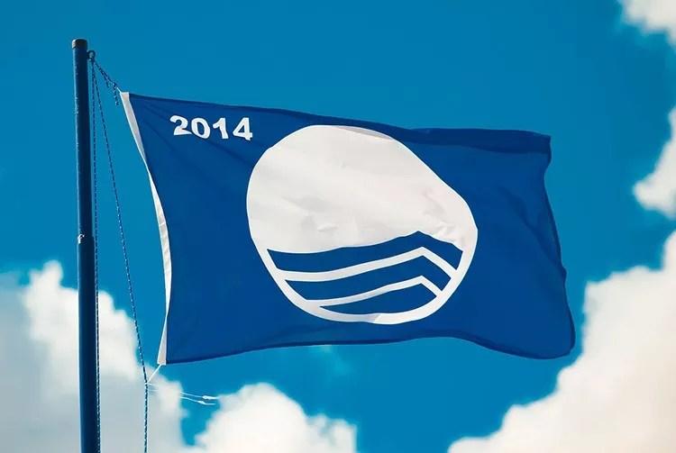 32 blaue flaggen fur die schonsten