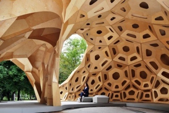 0Achim-Menges-and-Jan-Knippers-ICDITKE-Research-Pavilion-2011-580x388.jpg