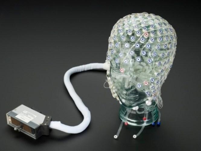 0EEG-Hairnet-credit-Science-Museum-666x500.jpg