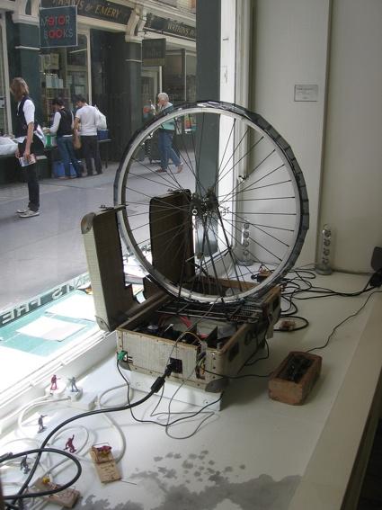 0bike_wheel_sculpture.jpg