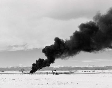0burning_oil_sludge-web.jpg