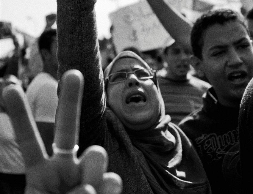 global aCtIVISmEine Ausstellung im ZKM | Museum für Neue KunstAbdel Monem Ryad Street, Kairo, Ãgypten, 02.01.2011Pro-Mubarak DemosFoto: Arnold FuadCourtesy: Arnold Fuad