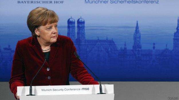 Канцлер Германии хочет, чтобы безопасность в Европе была установлена вместе с Россией, а не против России