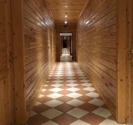 Hotel Ranga hallway