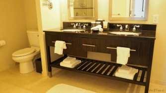 Loews suite bathroom