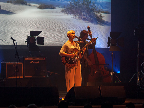 10_Laura Marling_Town Hall