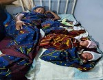 Woman gives birth to Quadruplets after 16 years of Marriage (Photos)