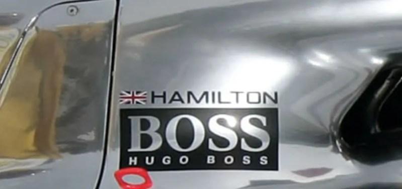 ヒューゴボス(HUGO BOSS)がマクラーレンのスポンサーになった際のハミルトンのスポンサー写真
