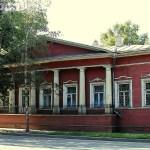 Деревянный дом Волкова