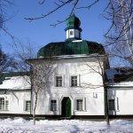 старинная Спасская церковь