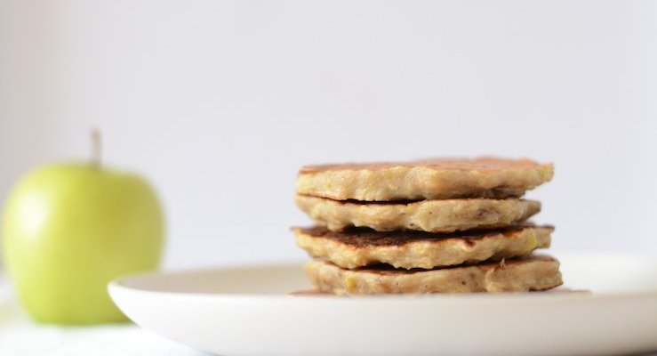 Banana and apple pancakes (for baby led weaning)