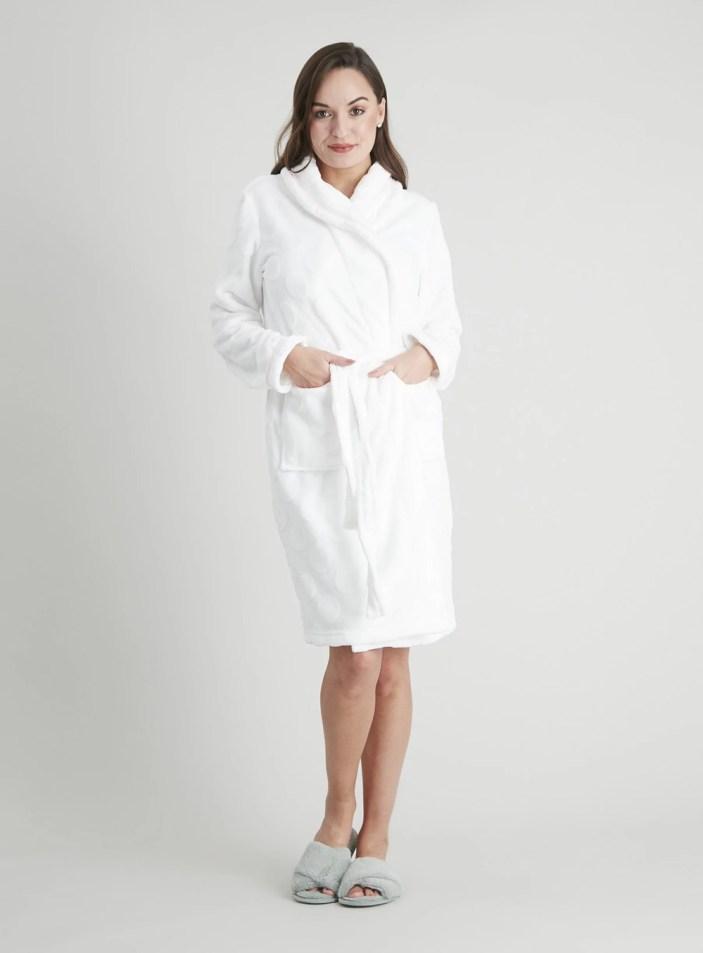 Cream Fleece Spot Embossed Dressing Gown
