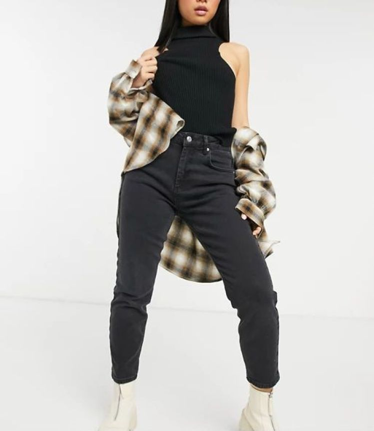 ASOS DESIGN Petite hourglass high rise farleigh 'slim' mom jeans in washed black
