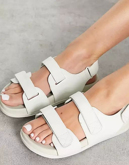 Wide Fit Factually Sporty Sandals in Pale Green asos