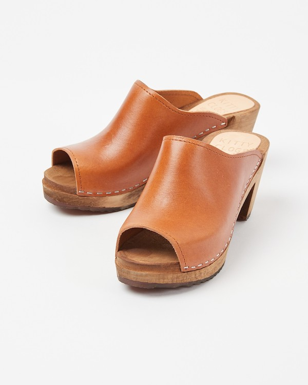Oliver Bonas Kitty Clogs Studio Mid Klassisk Sol Brown Leather Sandals