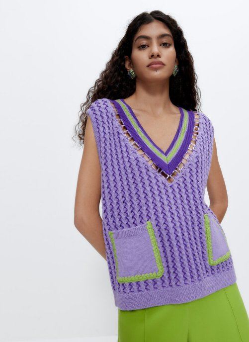 VEST WITH RING DETAIL AND POCKETS Uterqüe