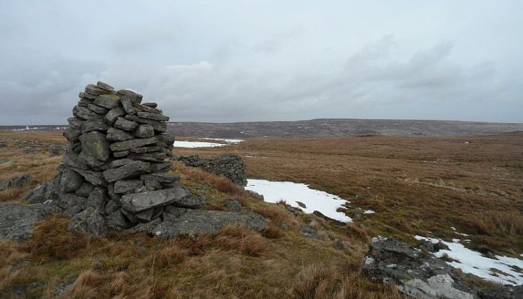 Stanhopeburn valley from the cairn