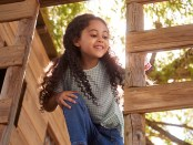 young-girl-in-treehouse