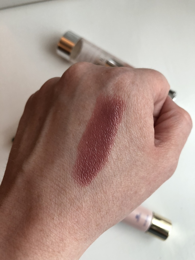 L'Oreal Colour Riche Shine Lipstick in Varnished Rosewood (swatch)