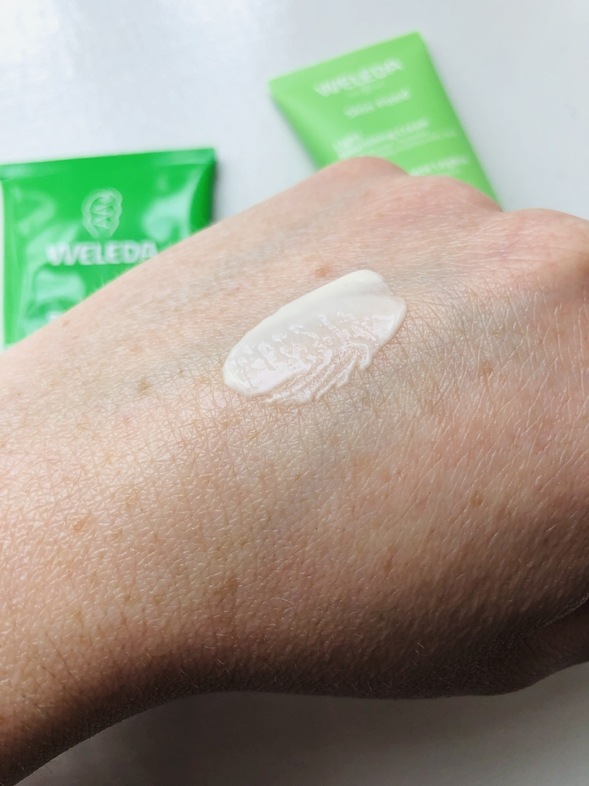 Weleda Skin Food Light swatch