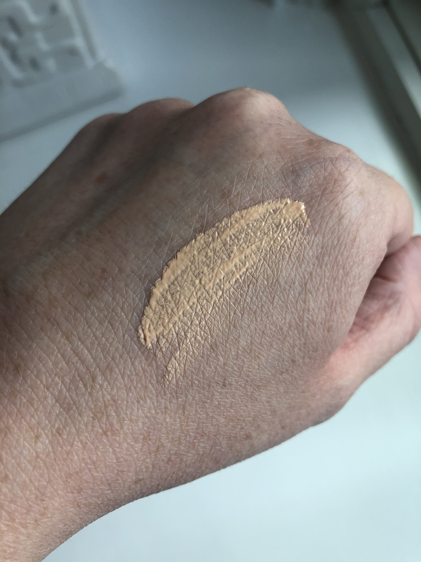 Swatch of Chantecaille Future Skin Foundation in Alabaster