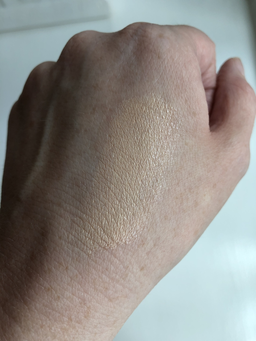 Glossier Stretch Concealer swatch in shade G11