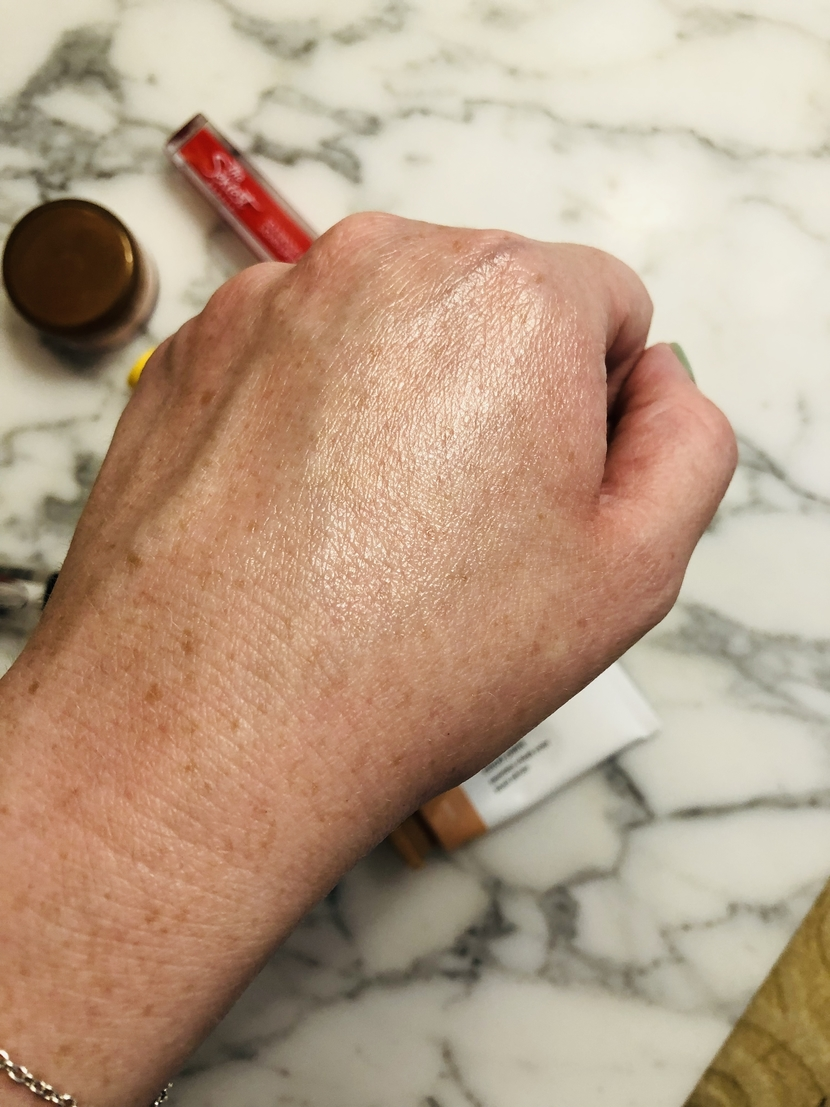 Mixture of the Ohii Beauty Wake Pen in Pearl & e.l.f. Cosmetics Higlighting Stick in Dewy - how to be product resourceful