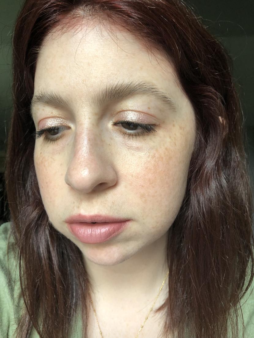 Metallic sheeny highlighter used as eyeshadow
