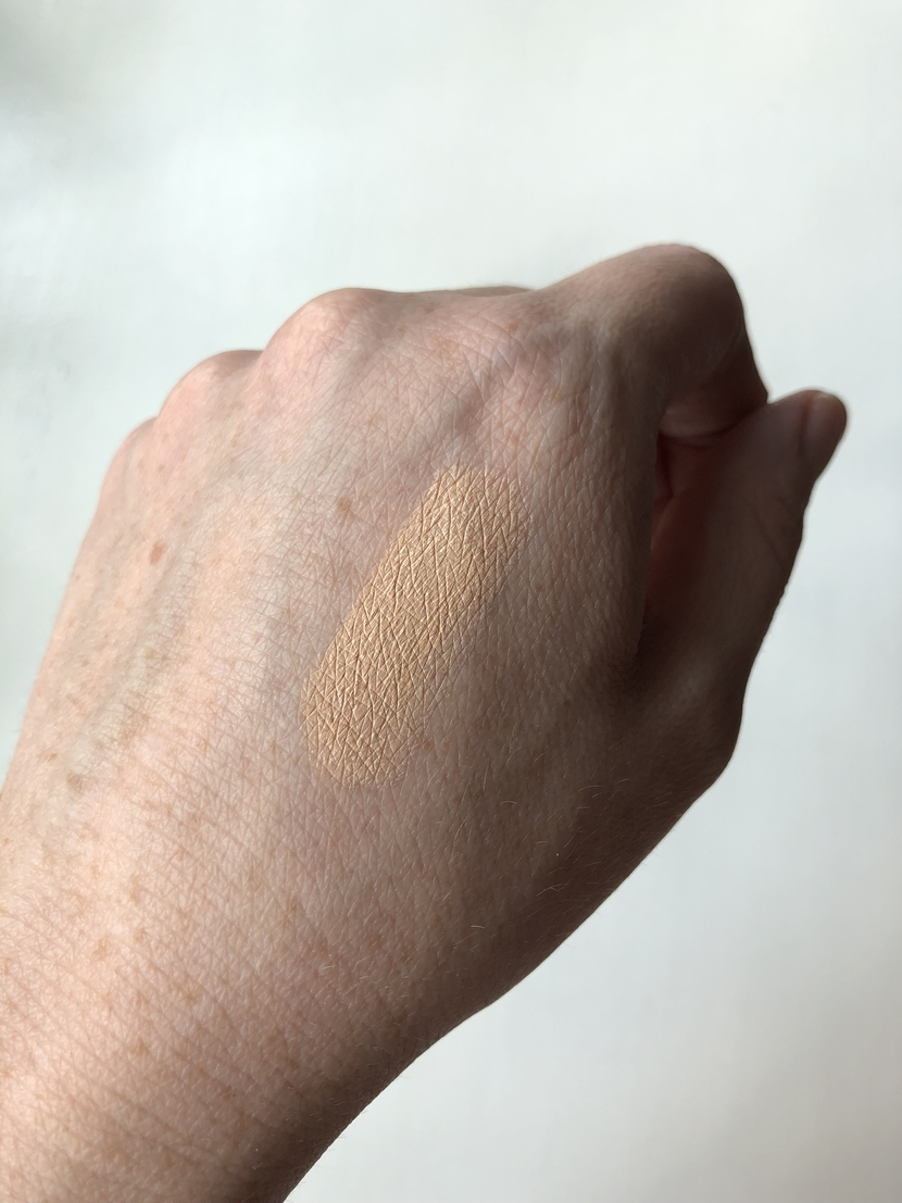 Swatch of the shade Fair in Hydro Boost Concealer from Neutrogena