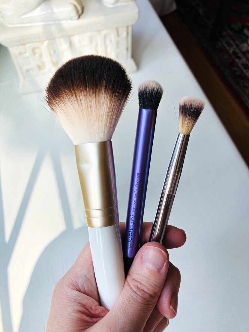 Cheek & eye brushes from Joah Beauty, Real Techniques & IT Cosmetics