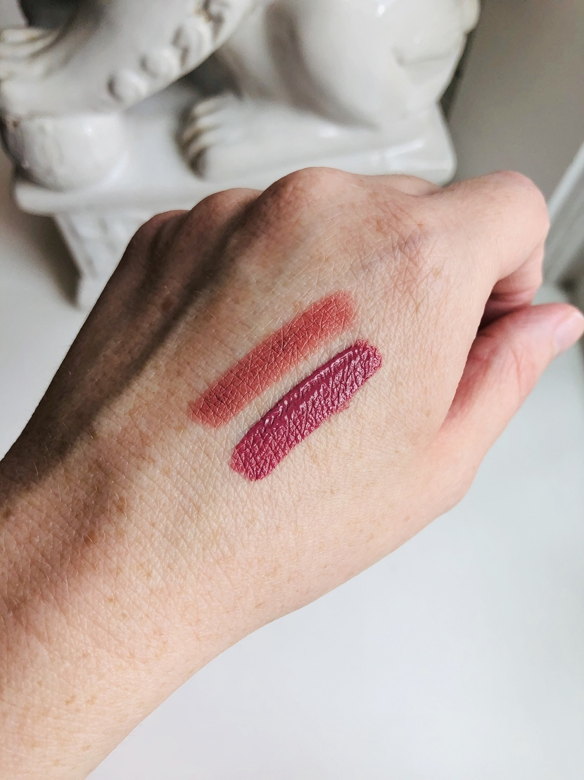 Maybelline SuperStay lip swatches; Ink Crayon on top, Matte Ink on bottom.