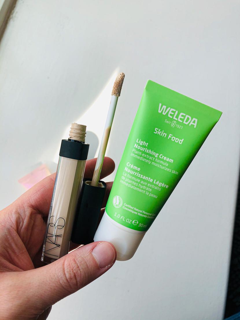 NARS Radiant Creamy Concealer with Weleda Skin Food Light