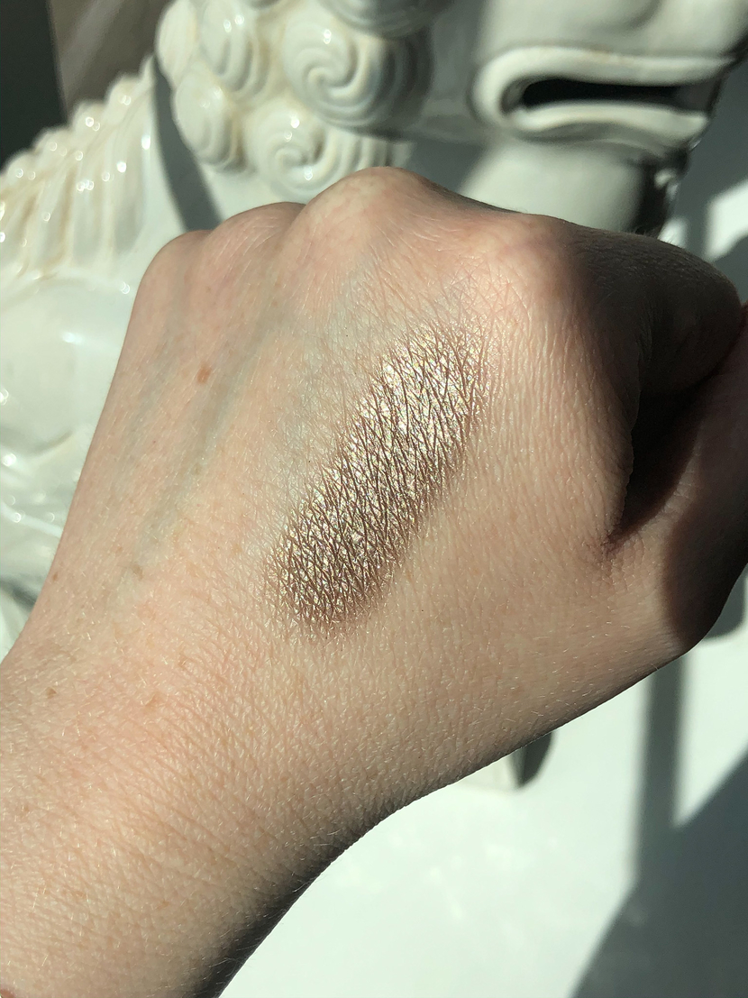 Swatch of L'Oreal Infallible Bronzed Taupe Eyeshadow