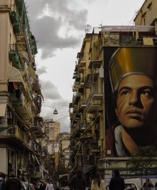 Napoli-via-vicaria-vecchia