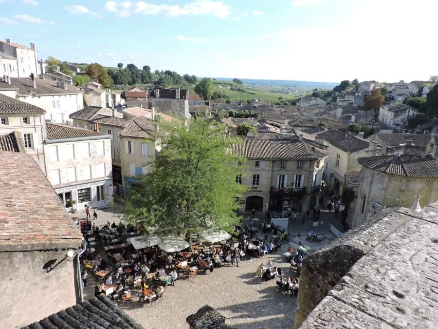 St Emilion gita fuori porta alla scoperta del vino di Bordeaux
