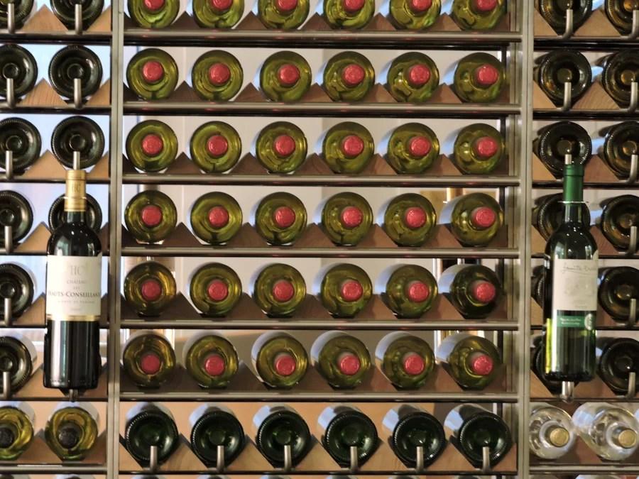 La Maison du Vin non è il solo luogo dedicato al vino a Bordeaux, dal 2016 è aperta la Cité du Vin