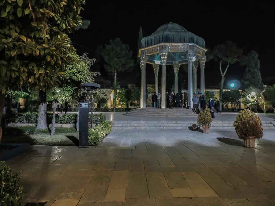 Il Mausoleo di Hafez a Shiraz dedicato ad uno dei più grandi poeti persiani di sempre